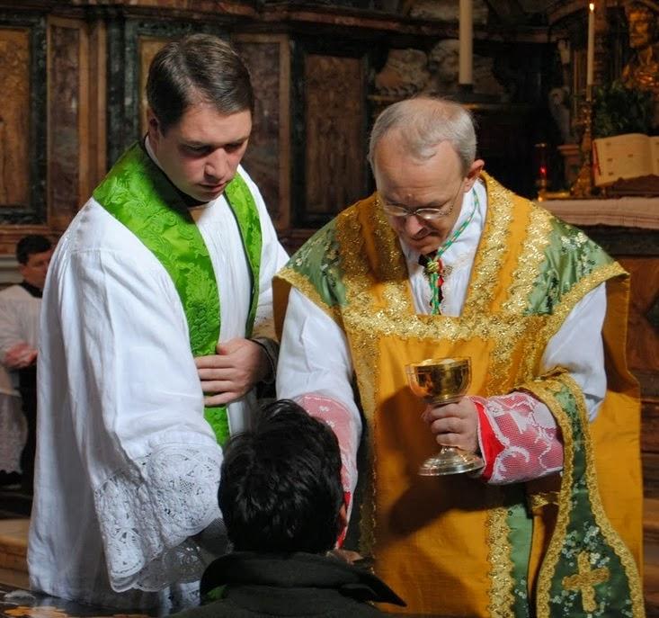 Spoštovanje do Kristusa v sveti Evharistiji