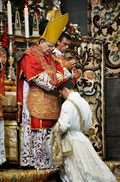 Kardinal Raymond Leo Burke o katoliški »krizi moških« in kako ukrepati – 2. del