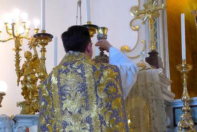 O zmotni katoliški skromnosti