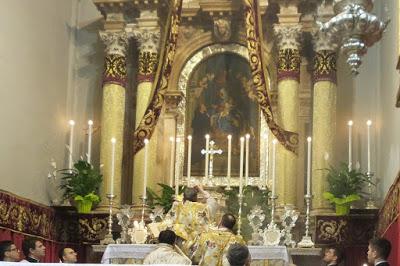 Zakaj katoliško bogoslužje privablja moške?