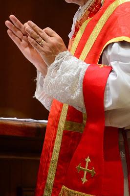 O slabi liturgiji in njenih implikacijah